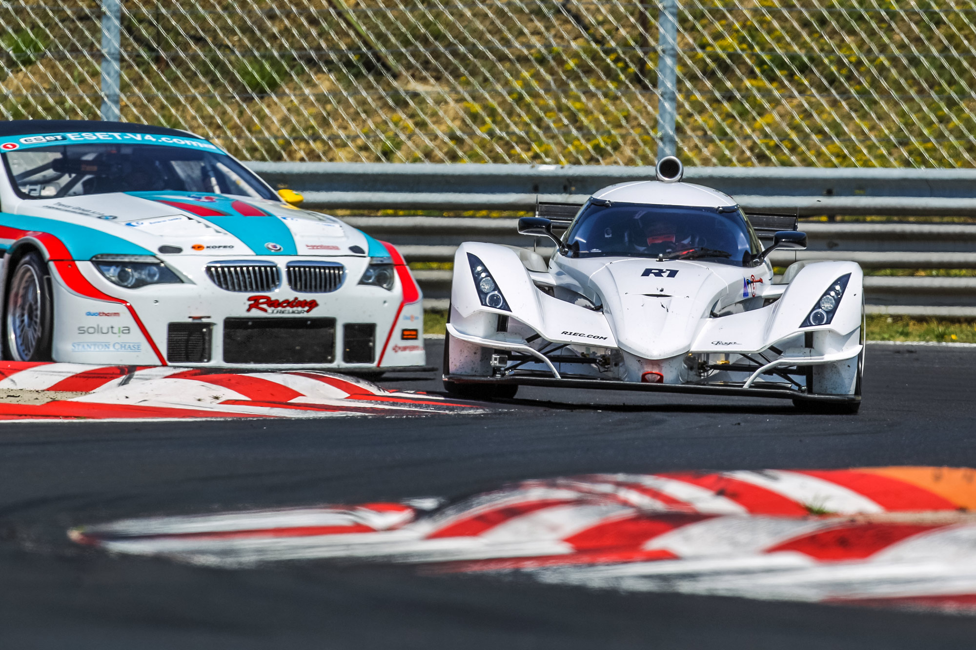 Praga R1at the first race of FIA–CEZ