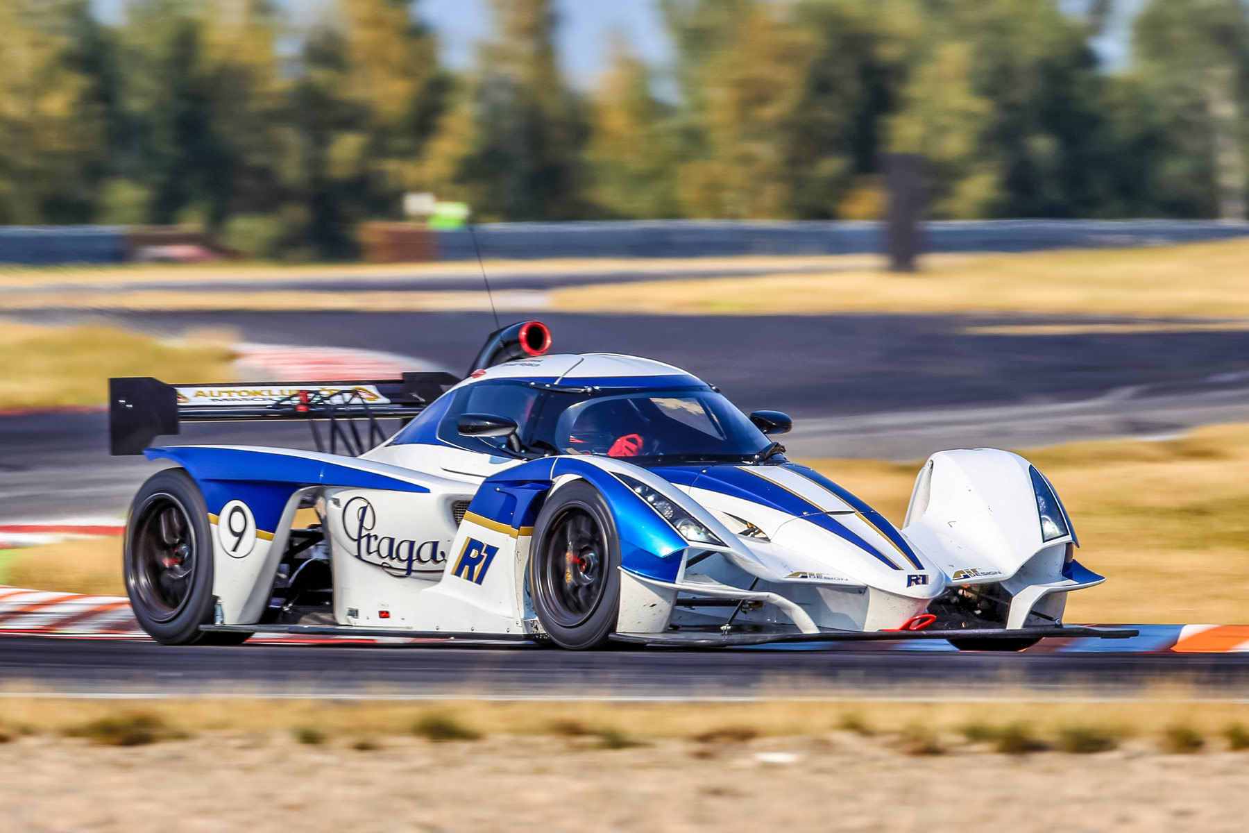 Praga R1 – Endurance champion of FIA-CEZ Most