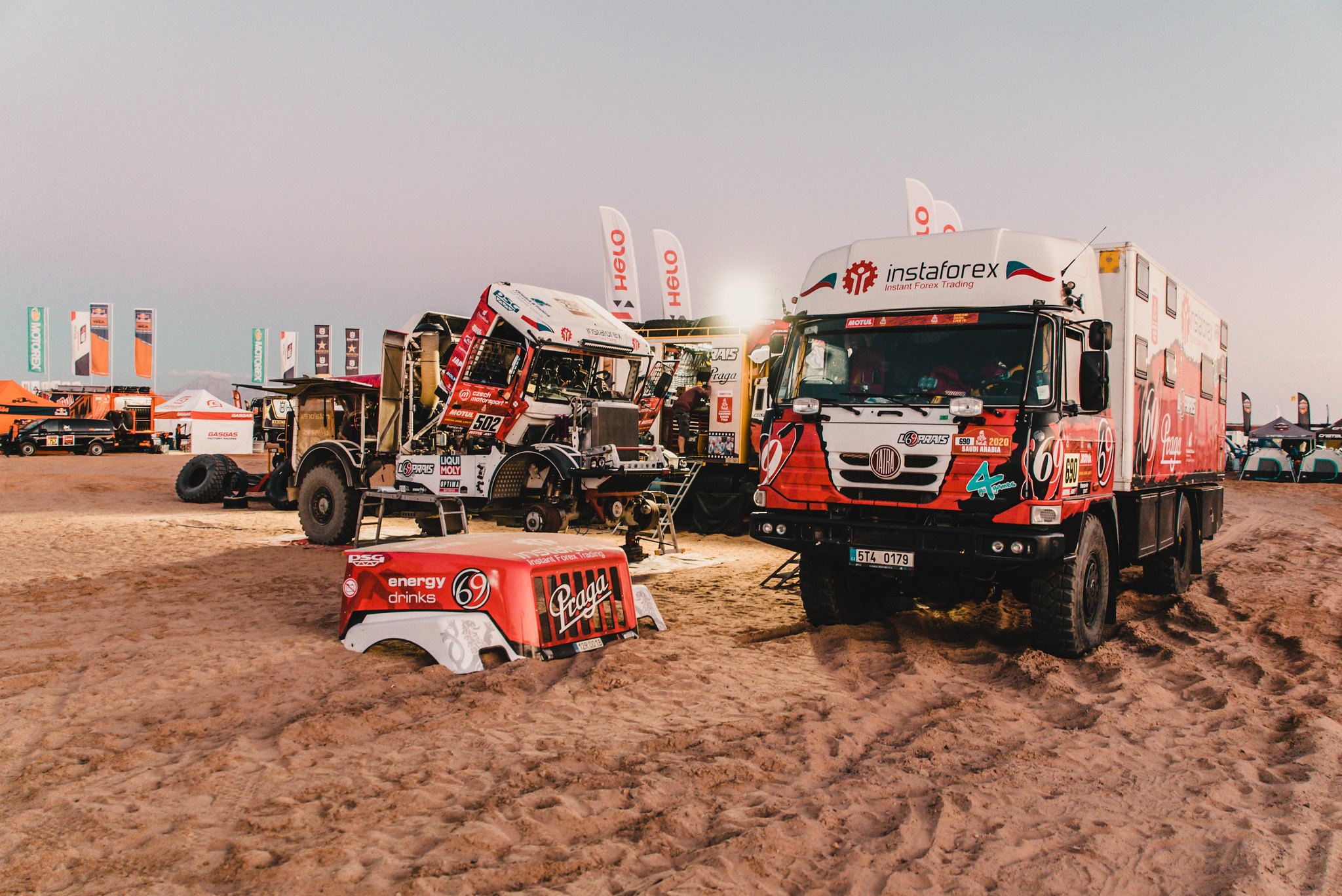 Aleš Loprais has moved up by two places at Dakar Rally