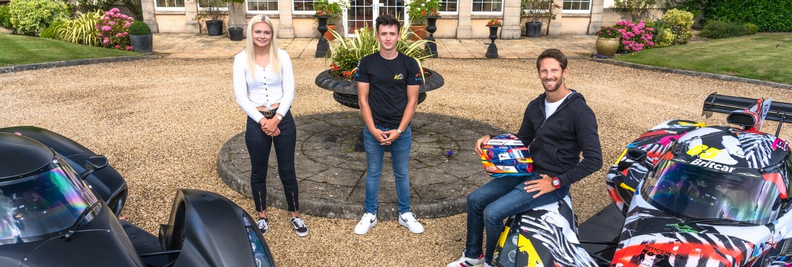 The Right Formula – teenage Praga drivers take tips from F1 star Romain Grosjean