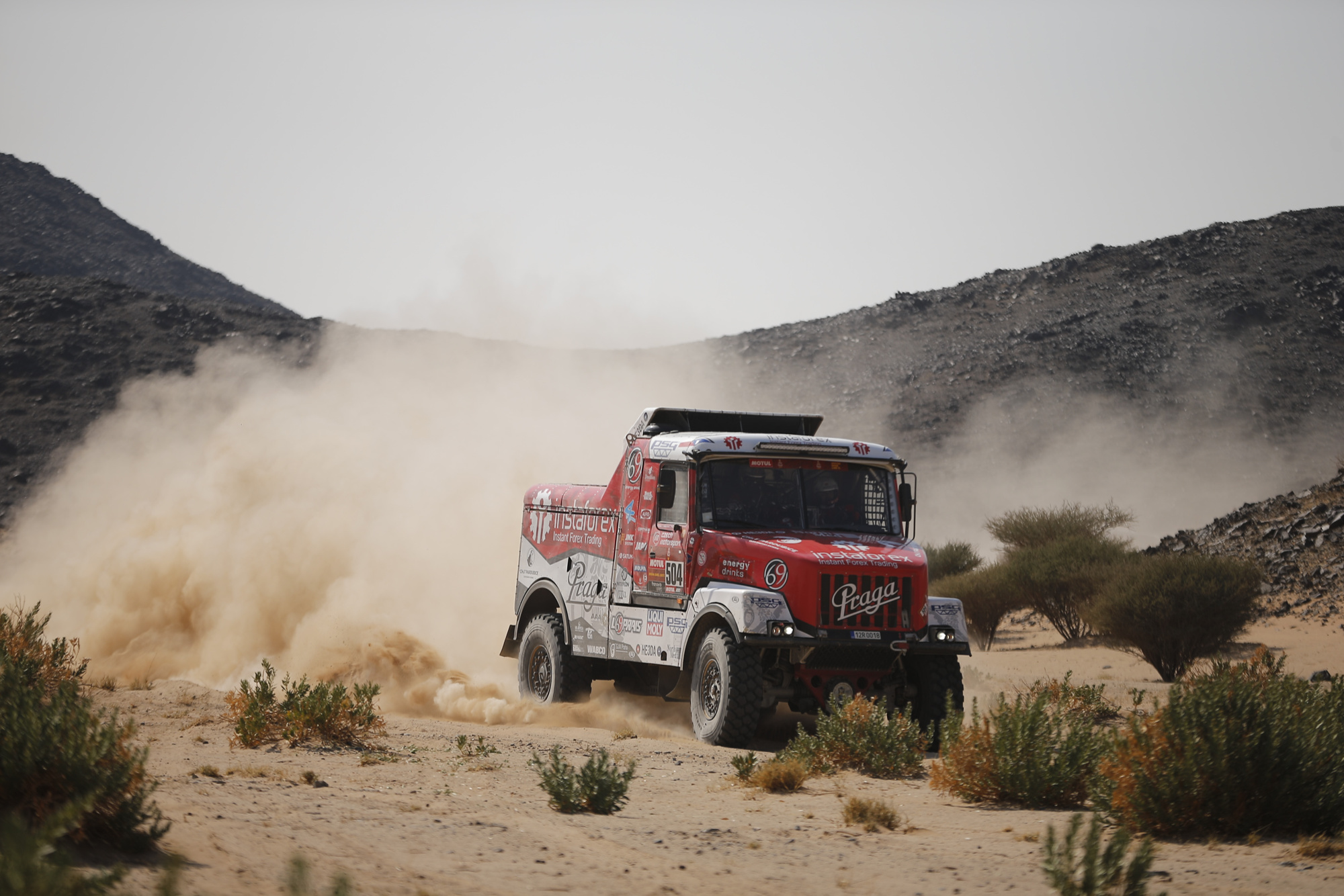 Dakar 2021: Another puncture, but Aleš Loprais remains in fifth place