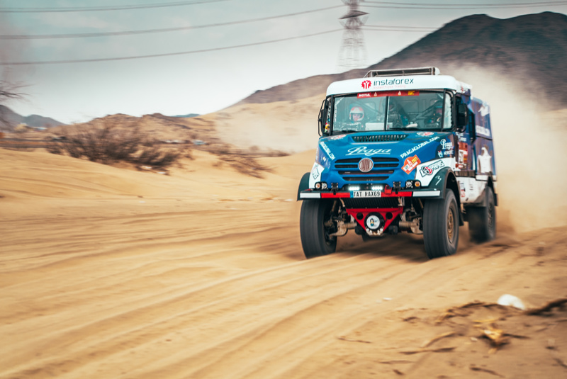 Dakar 2021: Quick but careful drive brought Loprais sixth place in prologue