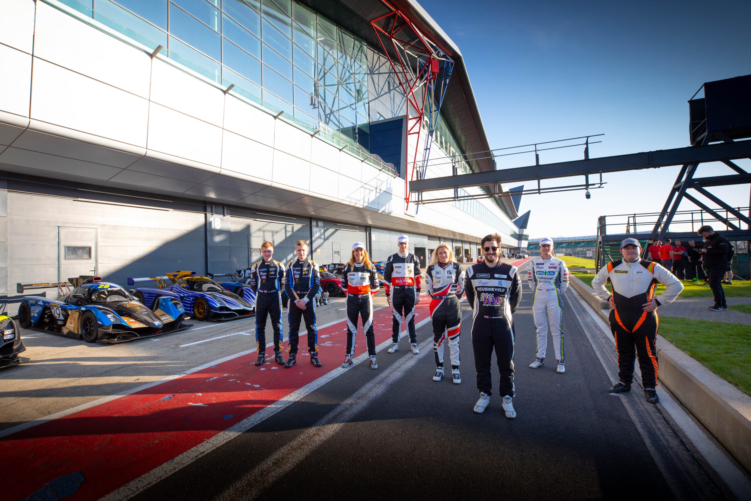 First ever Praga one-make category takes to the grid at Silverstone