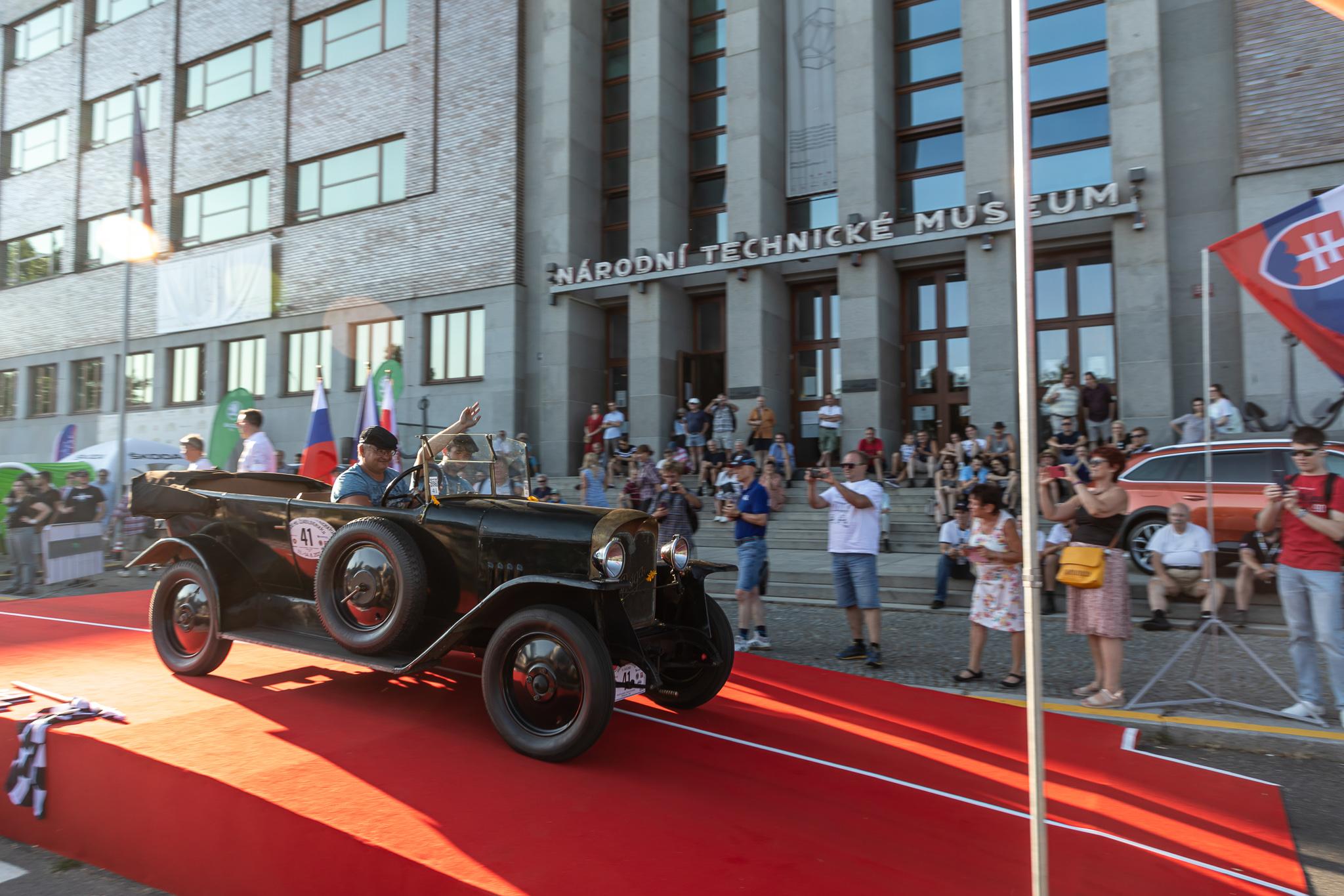 "Praga | 1922 Praga Alfa: 99 years later becomes the winner of the 2021 ""1000 miles of Czechoslovakia"""